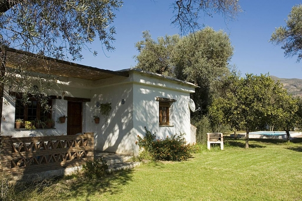 Rural House Picture